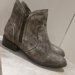 Seychelles Burnished Silver Brown Booties Size 6.5
